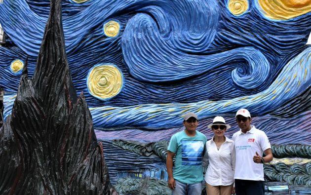 Son monigotes de 3 a 10 metros de altura, que se exhiben en dos circuitos en una de las principales ciudades. Foto: Twitter Alcaldía de Guayaquil.