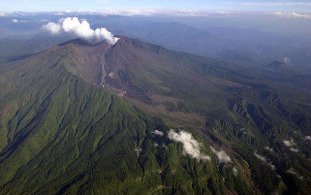 """El Instituto Geofísico recordó que el volcán mantiene una actividad eruptiva """"alta"""".  Foto: Global Volcanism Program."""