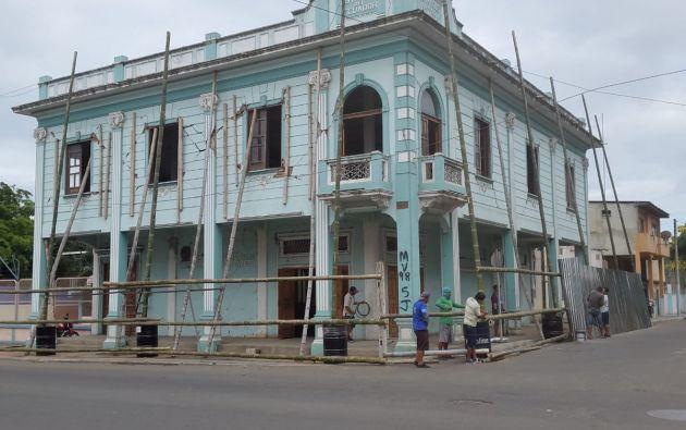 """La """"Casa de los Estancos"""" fue uno de los bienes inmuebles patrimoniales afectados en Portoviejo, por el terremoto de magnitud 7,8 de abril de 2016."""