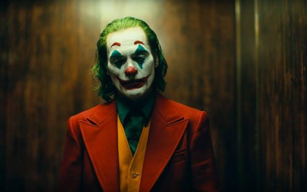 El tráiler muestra a Joaquin Phoenix como Arthur Fleck antes de convertirse en villano.