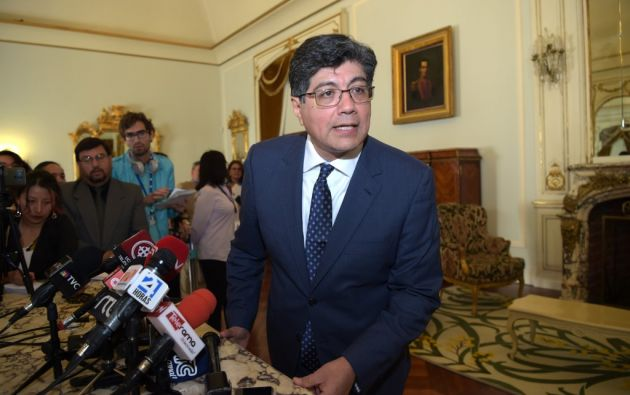 """""""Se cambió el personal de la sede diplomática porque hemos encontrado cuestiones que no eran las más adecuadas"""", dijo Valencia. Foto: AFP"""