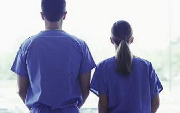 Según la FEUE, con este nuevo acuerdo, la reducción del estipendio afectará a cientos de nuevos internos que ingresarán en septiembre.