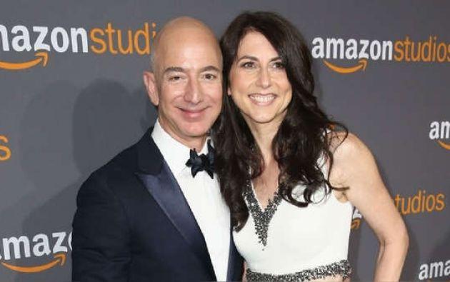 Jeff y MacKenzie Bezos se casaron en 1993 y tienen cuatro hijos.
