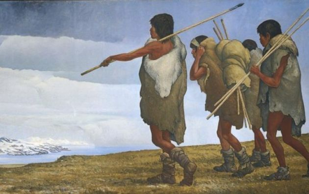 Las poblaciones que llegaron a América usaban puntas de lanza, flechas o armas cortantes con filo doble, hojas de un solo filo e instrumentos hechos de huesos.