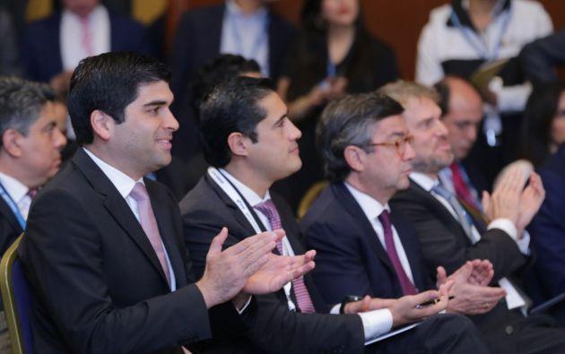 El Vicepresidente participó en el Seminario BID Invest junto a varias autoridades y representantes del sector privado y la Academia.