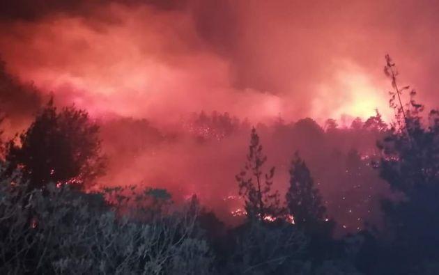 La localidad de Quilanga, donde se registra el fuego, fue declarada el pasado domingo en emergencia.