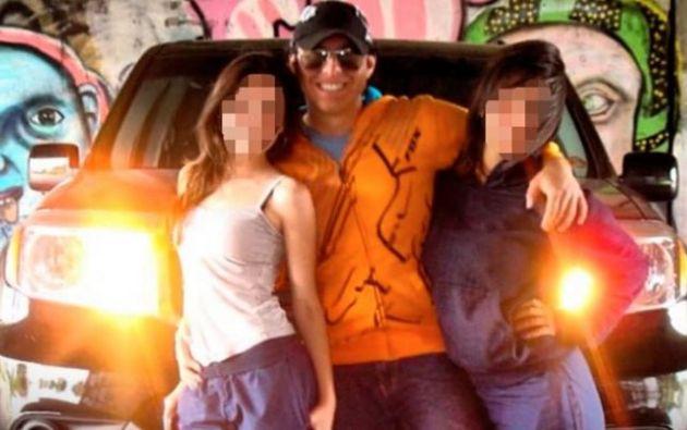 El sentenciado filmó tres videos a la víctima el día y en el lugar de los hechos.
