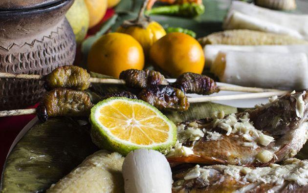 Ungurahua, caña guadúa, yuca, chirimoya amazónica, cacao… Los sabores y los aromas que ofrecen esos alimentos son innumerables. Al igual que las múltiples opciones de prepararlos.