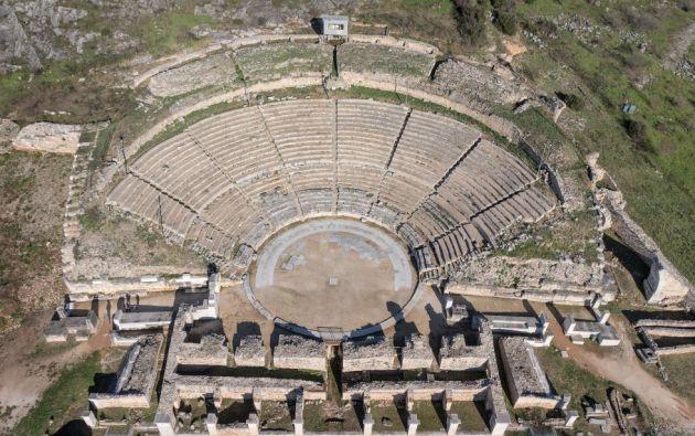 Sitio arqueológico de Filipos en Grecia. Fundada en 356 a.C. durante el reinado de Filipo II de Macedonia, los vestigios de esta ciudad fortificada se extienden al pie de una acrópolis situada en la actual región griega de Macedonia Oriental y Tracia.