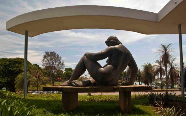 El conjunto arquitectónico moderno de Pampulha fue el centro de un proyecto urbanístico visionario de ciudad-jardín realizado en 1940 en la ciudad de Belo Horizonte, capital del estado brasileño de Minas Gerais.