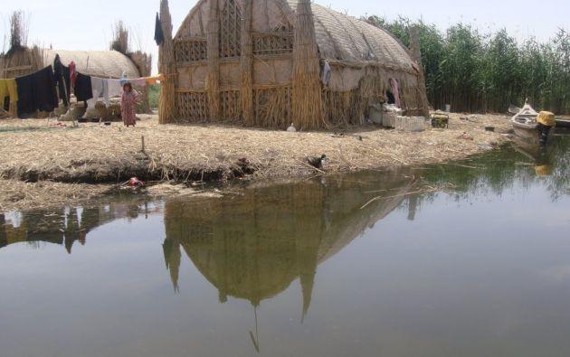 """Refugio de biodiversidad de los """"ahwar"""" y paisaje arqueológico de las ciudades mesopotámicas del Iraq Meridional. Este sitio comprende tres áreas de vestigios arqueológicos y cuatro zonas de humedales pantanosos, situadas todas ellas en el sur del país."""