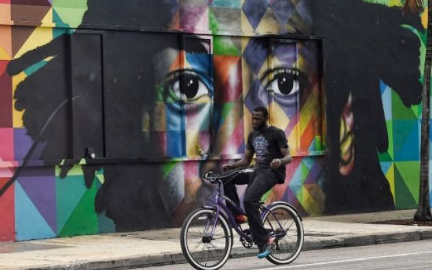 """Forbes califica Wynwood como uno de los barrios """"más hipsters"""" de Estados Unidos y Vogue como uno de los """"más cool"""" del mundo."""