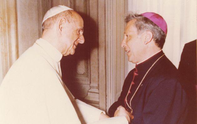 Monseñor Luna Tobar con el Papa Juan Pablo VI. Fotos: Colaboración Juan José Mendoza / Archivo Revista Vistazo