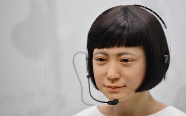 LONDRES.- La compañía japonesa Hiroshi Ishiguro Laboratories presentó a 'Kodomoroid' construdio en 2014. Foto: BEN STANSALL / AFP
