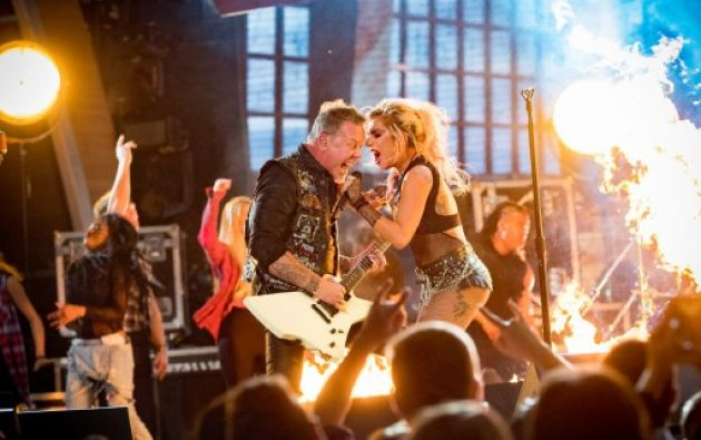 Lady Gaga y Metallica en los Grammy 2017