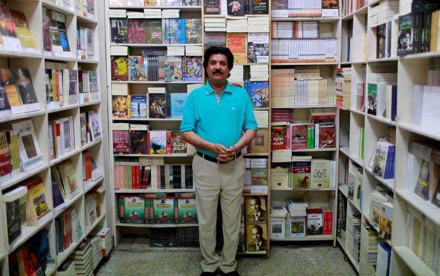 """Sattar Muhsin Ali, de 60 años, propietario de una tienda de artículos de papelería. """"Creo que la política principal de Trump se está centrando en la eliminación del terrorismo y la desecación de sus fuentes de financiación en el mundo y frenar la estados terroristas de apoyo, especialmente los vecinos de Irak"""""""