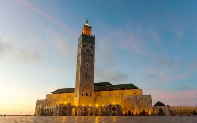MEZQUITA DE HASSAN II - Cerca de 700 pies-minarete el más alto de la Mezquita de Hassan II-mundo es tan icónica a Casablanca como el Empire State Building está a Nueva York.