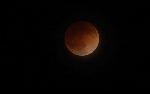 Eclipse lunar total // 2014