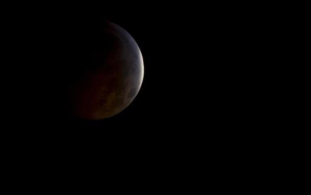 Las sombras de la Luna // Arlington, Texas (EE. UU.) // 2010