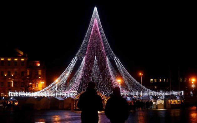 Árbol de Navidad en Vilnius, Lituania /Fotos: Reuters