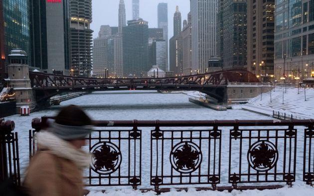 Un paseo peatonal por el río Chicago. Foto: Reuters