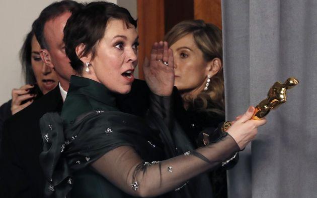 Olivia Colman y su premio a la Mejor Actriz. Foto: Reuters