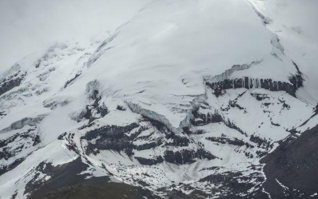 El Chimborazo y el Carihuairazo son dos de las siete elevaciones que están perdiendo su cobertura glaciar en Ecuador. Foto: AFP