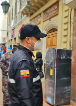 El COE Nacional recomendó a los municipios una serie de restricciones con el fin de evitar aglomeraciones. Foto: @azuayinten