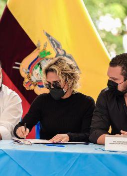 El horario de operación comercial y de oficinas públicas y privadas será hasta las 16h00. Foto: Municipio de Guayaquil