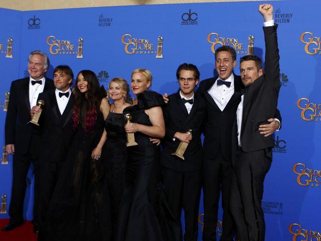 El elenco de ''Boyhood'', mejor película dramática. Foto: REUTERS