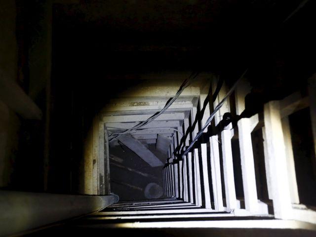 Una toma de la entrada de la entrada del túnel que utilizó Guzmán para escapar. Fotos: REUTERS.