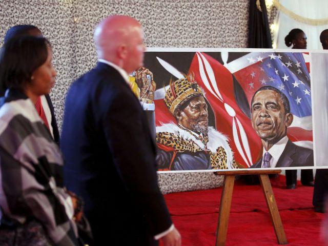 Un retrato muestra a Jomo Kenyatta y a Barack Obama. Fotos: REUTERS.