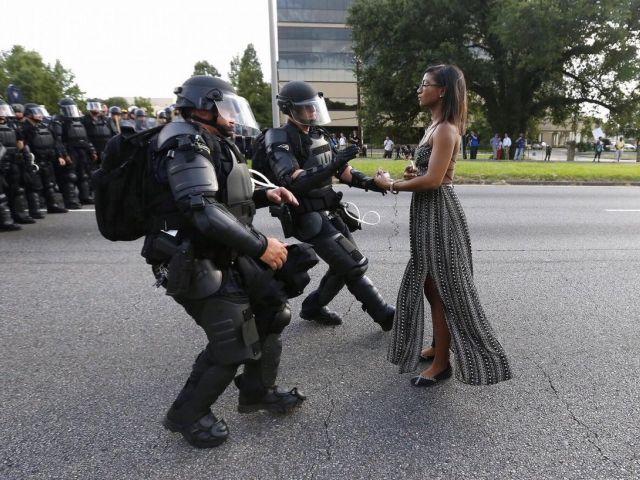 Lesha L. Evans en la protesta de Black Lives Matter, Baton Rouge 2016. Tomada por Jonathan Bachman