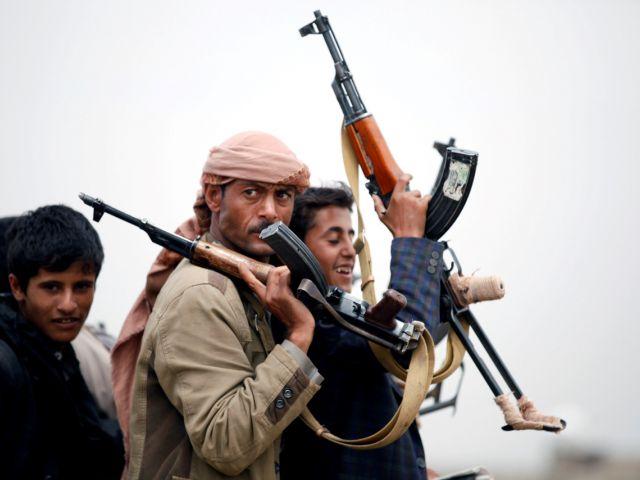 El Ejército de Yemen liberó la ciudad de Zinjibar, la capital de la gobernación sureña de Abyan ubicada en la costa, de los terroristas del grupo Al Qaeda en la Península Arábiga, comunicó la televisión Sky News Arabia.
