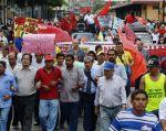 Obreros, estudiantes, médicos, ecologistas, organizaciones indígenas y barriales marchan hoy.