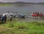 Chongón. El DHRUV FAE603, de fabricación india, cayó a la represa salvándose los pilotos. No ocurrió lo mismo en otros dos accidentes de DHRUV, uno en Huigra y otro en Tena.
