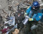 Las autoridades estiman que tardarán varias semanas en identificar a las víctimas. Foto: REUTERS