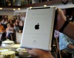 El iPad subastado en más de 30 mil dólares fue donado a una institución educativa cristiana del interior de Uruguay. Foto: REUTERS