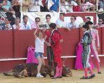 Virginia Ruiz, una española de (38 años) saltó las barreras de la plaza de La Malagueta.