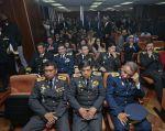 """El presidente Correa calificó de """"inoportuna"""" la asistencia de las FF.AA. en la audiencia. Foto: API."""