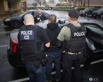 NUEVA YORK, EE.UU.- Inmigrantes y activistas denunciaron la detención de cientos de inmigrantes en apenas unas horas en distintas ciudades. Foto: AFP