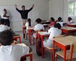 Las unidades educativas deben cumplir la jornada normal de clases el lunes 20 de febrero. Foto: Twitter Educación.ec.
