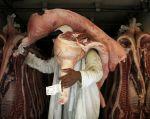 El escándalo tomó dimensiones internacionales, pues Brasil es el mayor exportador mundial de carne bovina y de pollo. | Foto: Reuters.