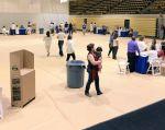 Una vez resuelto el incidente, las elecciones se llevan con normalidad en el Miami Dade College. Foto: Twitter / CNE.