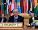 Trump durante una reunión con los líderes de los seis países del Consejo de Cooperación del Golfo. Foto: AFP