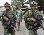 """""""Llegamos a su hermano, alias 'Javier', que era el cabecilla de confianza de este bandido"""", dijo el Comandante. Foto: AFP"""