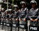 Dos periodistas franceses, dos colombianos y un español permanecen detenidos. Foto: AFP