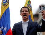 """""""Es un placer anunciar que el Parlamento Europeo reconoce a Juan Guaidó como legítimo presidente interino de Venezuela"""", dijo Tajani. Foto: Reuters"""