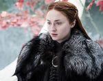 "Sophie Turner interpreta a Sansa Stark en la afamada serie de HBO ""Game of Thrones""."