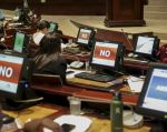 El presidente del Legislativo, César Litardo, convocó a los asambleístas para tratar el tema, a partir de las 17h30.